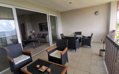 Venta de apartamento amueblado en Condominio Las Nubes, Colonia Escalón. $229,000 Negociables.